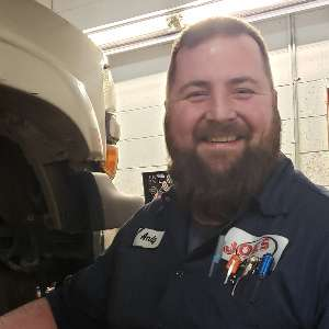 Andrew Pitchure of Joe's Auto